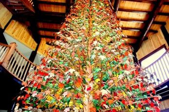4-L'arbre des Pionniers - 35pieds de hauteur - 8400 feuilles